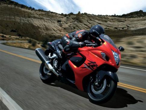 Độ siêu môtô theo phong cách Ferrari