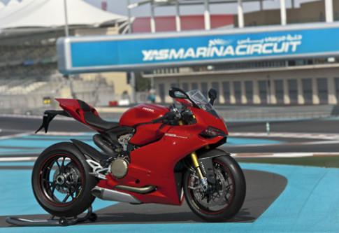 Ducati 1199 Panigale trinh lang tai Abu Dhabi