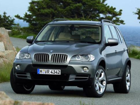 Hang loat xe BMW gap loi
