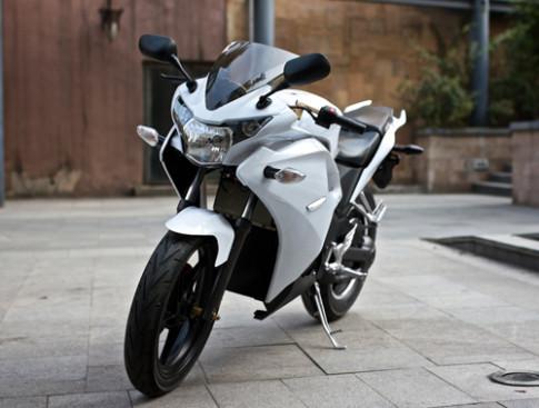 Hang xe Trung Quoc nhai Honda CBR150R