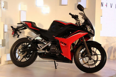 Hero HX250R - them doi thu cho Honda CBR250R