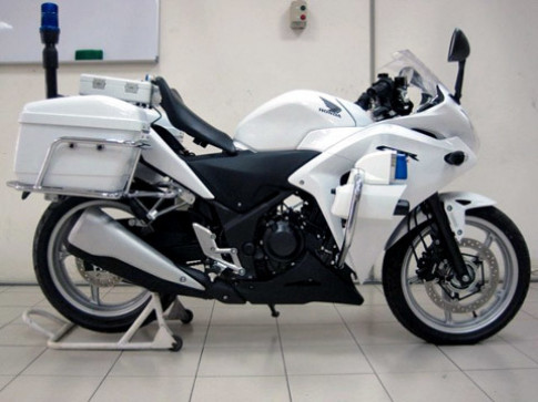 Honda CBR250R 2011 Police xuất hiện tại Malaysia