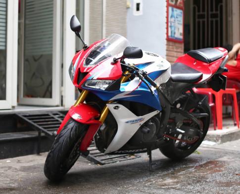 Honda CBR600RR vo cung an tuong trong ban do cuc chat cua biker Viet