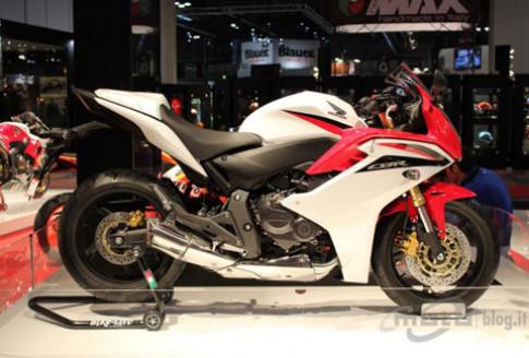 Honda giới thiệu CBR600F phiên bản 2011