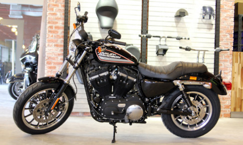 883 Roadster - moto Harley mang phong cach the thao