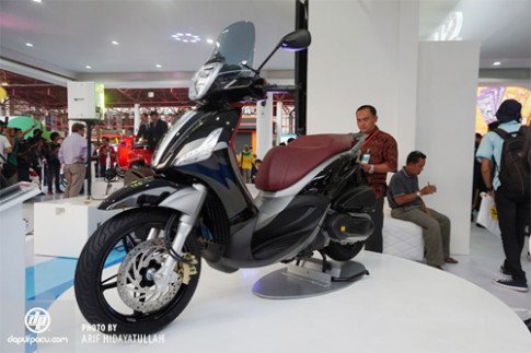 Anh chi tiet Piaggio Beverly Sport Touring 350