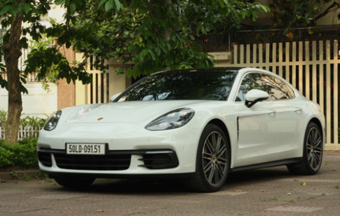 Anh chi tiet Porsche Panamera 4S doi 2017