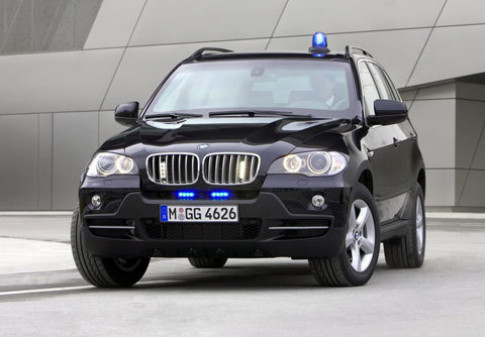 BMW ra mat X5 chong dan