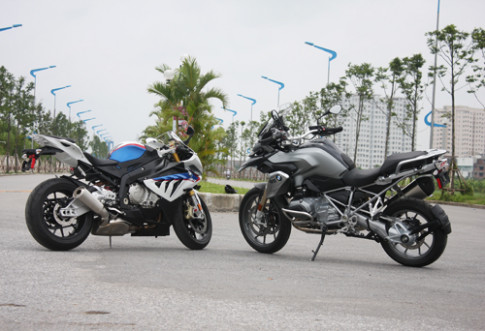 Cap doi xe khung BMW duoi nang Ha Noi