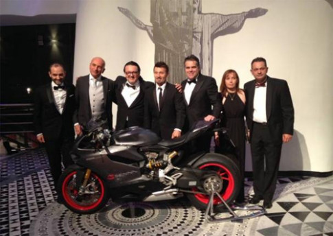Ducati 1199 Panigale S Senna duy nhat o chau Au