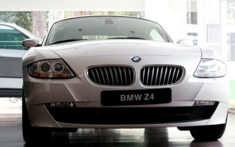 Goi cam voi BMW Z4 Coupe
