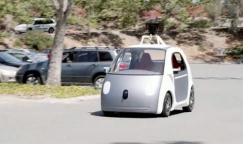 Google phat trien xe tu lai