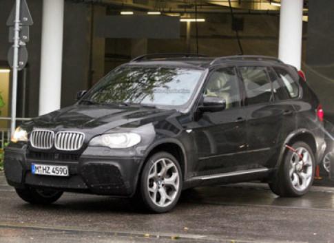 Hình ảnh đầu tiên của BMW X5 M