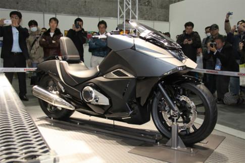 Honda phat trien 'chien binh' NM4-02 moi