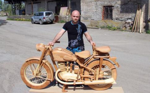 IL-49 - moto bang go chi co o Nga