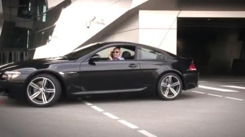 Nguoi dan ong mua chiec BMW thu 135