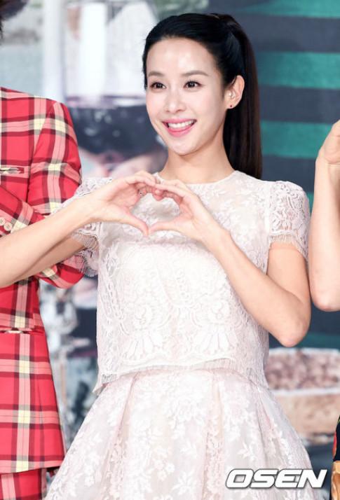 Nữ hoàng phim 18 Hàn Quốc trẻ trung không tưởng ở tuổi 36