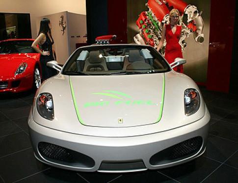 Sieu xe chay con Ferrari F430 Bio Fuel
