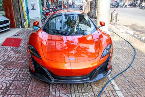 Sieu xe McLaren 650S mui tran cua dai gia Sai Gon