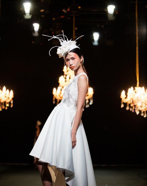 Tiểu thư châu Âu đài các khép lại Tuần lễ thời trang thu đông 2017