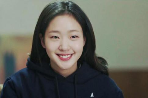 3 mỹ nhân mang vẻ đẹp lạ, phá vỡ mọi chuẩn mực của phụ nữ Hàn Quốc