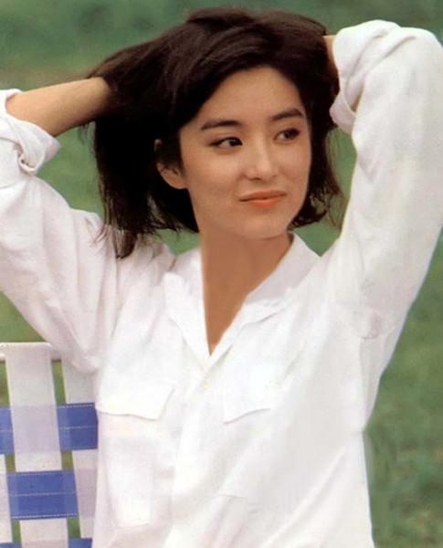 9 điểm đẹp trời sinh trên người Lưu Thi Thi, Chương Tử Di, Angela Baby