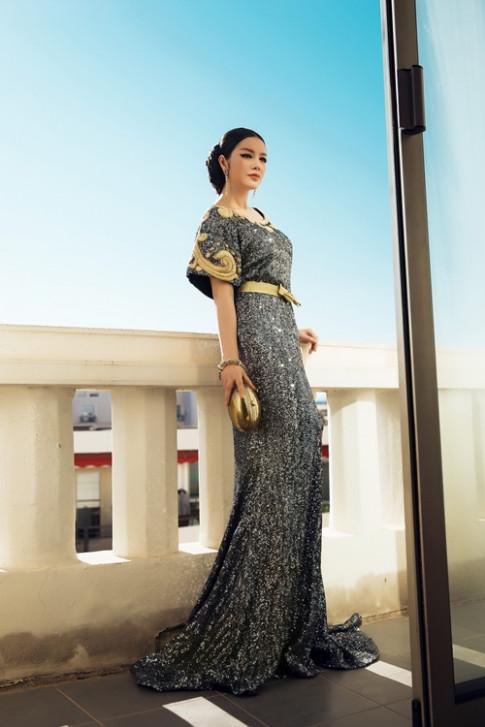 Ly Nha Ky duoc bao ve can mat tai Cannes