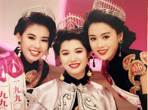 Nàng Chúc Anh Đài sau 30 năm thành Á hậu Hong Kong vẫn vô tư diện đồ như thiếu nữ
