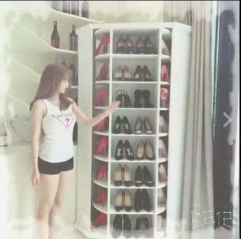 Than vãn căn hộ triệu đô quá chật, Ngọc Trinh sắm ngay tủ độc để cất BST giày tiền tỷ