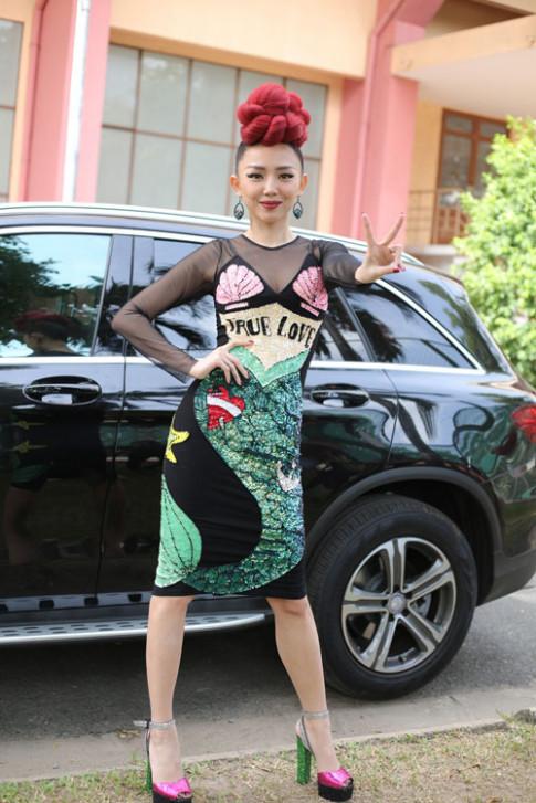 Thời trang sao Việt xấu: Dàn HLV The Voice bị chê thảm họa vì style độc - lạ