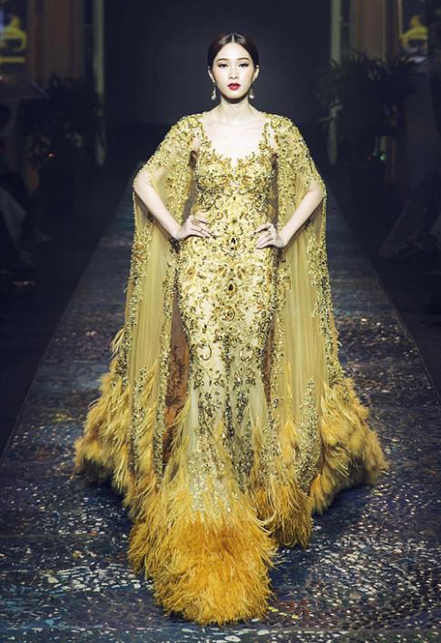 Thu Thảo, Phạm Hương, Mai Phương Thúy: Ai xứng danh nữ hoàng trên sàn diễn