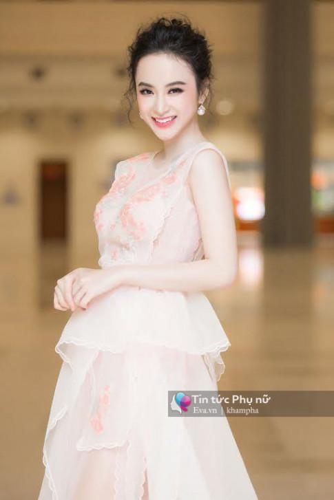 Nu hoang tham do Angela Phuong Trinh da tro lai va loi hai gap doi!
