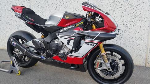 R1M của Fabrizio Pirovano - bản độ đậm chất Racing