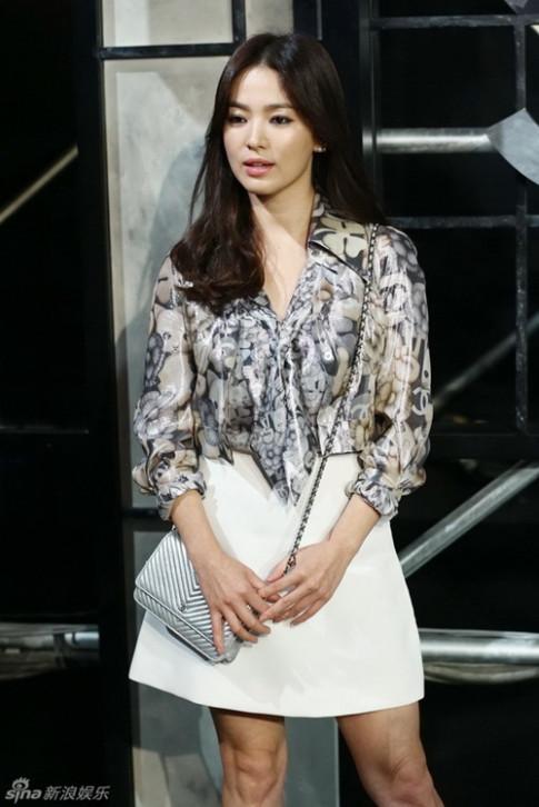 Song Hye Kyo dep lan at dan sao quoc te trong show Chanel