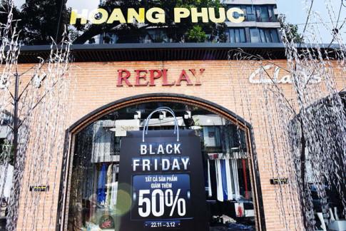 Tat ca cac thuong hieu quoc te sale hon 50% tai Black Friday cua Hoang Phuc