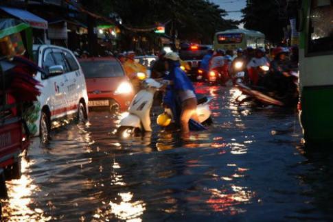 Xe máy bị chết máy do ngập nước sẽ có nguy cơ hỏng hóc rất cao