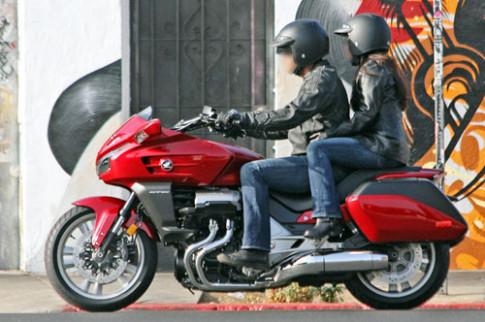 Anh dau tien ve Honda CTX1300