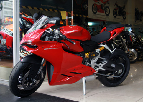 Bo doi Ducati 899 Panigale 2014 cap cang Sai Gon