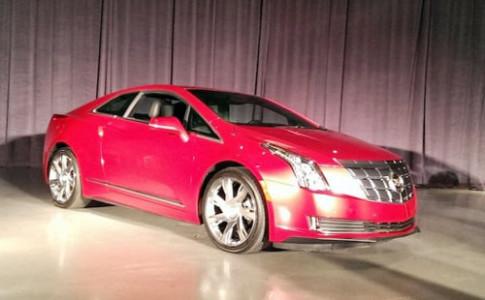 Cadillac ELR - coupe hang sang hybrid gia 75.000 USD