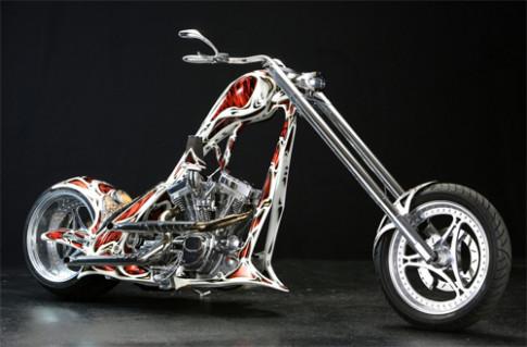 E-Boss Dragon - chopper do sieu an tuong tu Duc