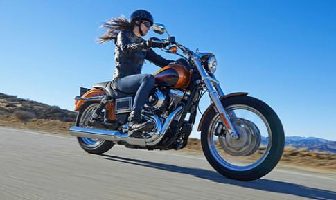 Harley Davidson tung cap doi moto moi