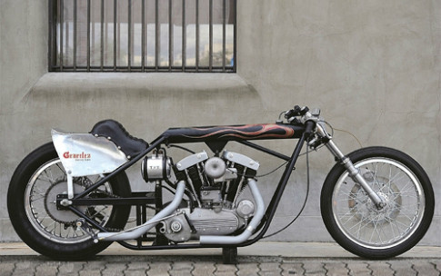 Harley-Davidson XLCH bobber la mat