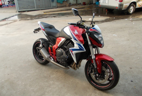 Honda CB1000R ABS Limited 2014 dau tien ve Viet Nam