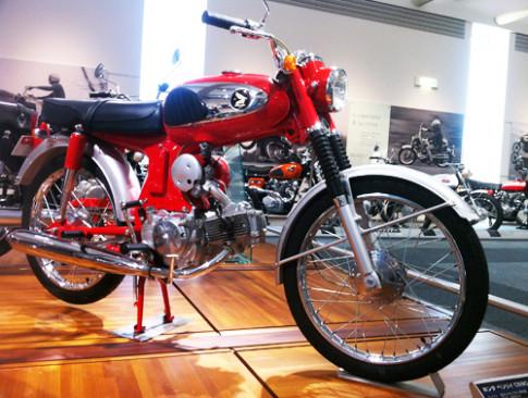 Honda CS90 doi 1967