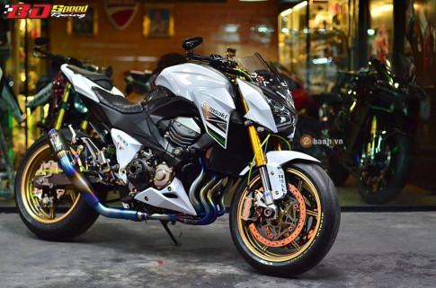 Kawasaki Z800 day kieu sa tren dat Thai