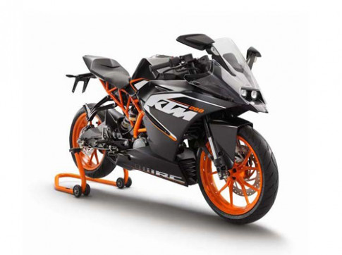 KTM tung anh chinh thuc bo 3 sportbike moi