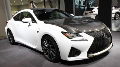 Lexus RC F khoe goi do carbon tai Trung Quoc