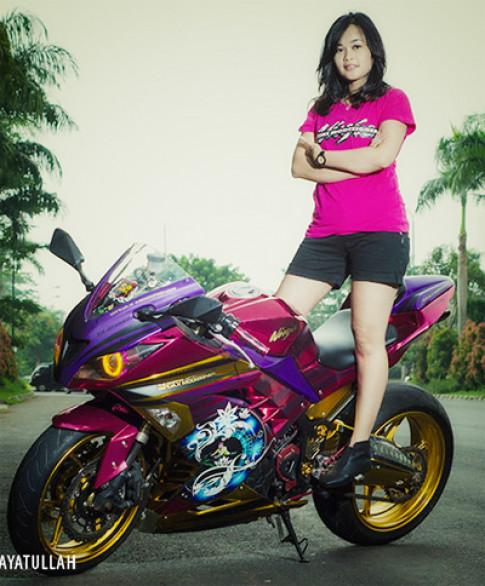 Nguoi dep lang moto Indonesia va xe do