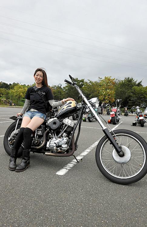 Nhung chiec Harley-Davidson ham ho cung kieu nu Nhat