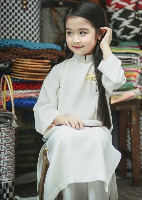 Tiểu mỹ nhân xinh nhất Việt Nam lại thôi miên mọi ánh nhìn